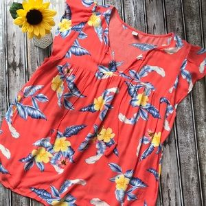 Old Navy coral floral blouse with flutter sleeves